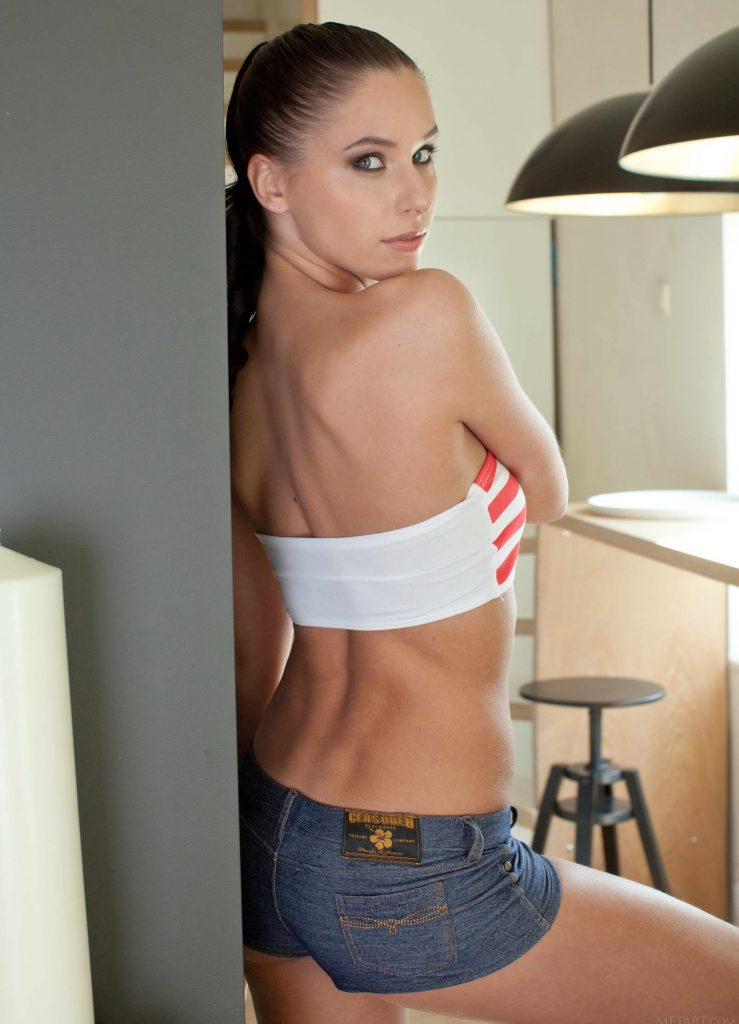 Young And Sexy Escort With Charm And Charisma